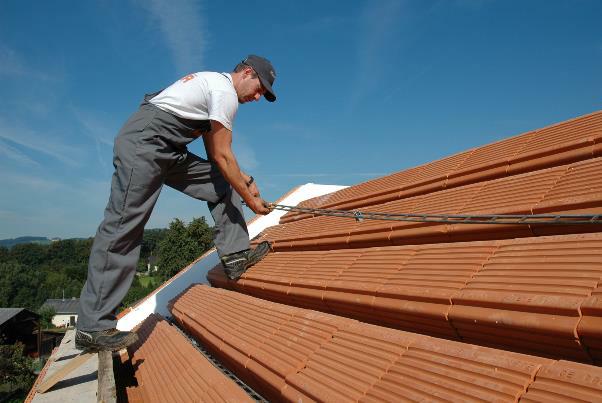 Bild 7-36: Verlegung Deckenziegel für Ziegelmassivdächer und Decke