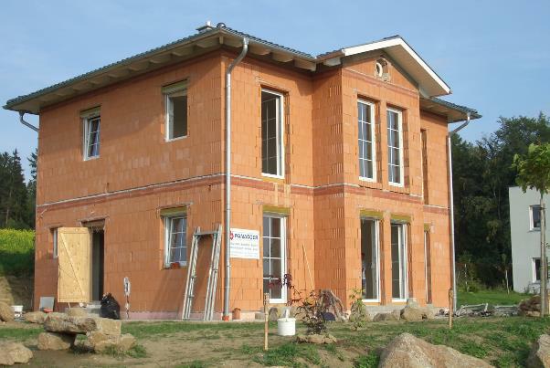 Bild 7-13: Einfamilienhaus mit Planziegelmauerwerk