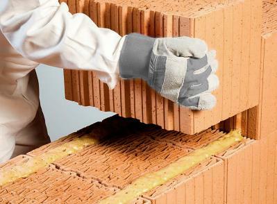 Bild 7-29 bis 34: Verarbeitung Mauerwerk mit Mauerkleber