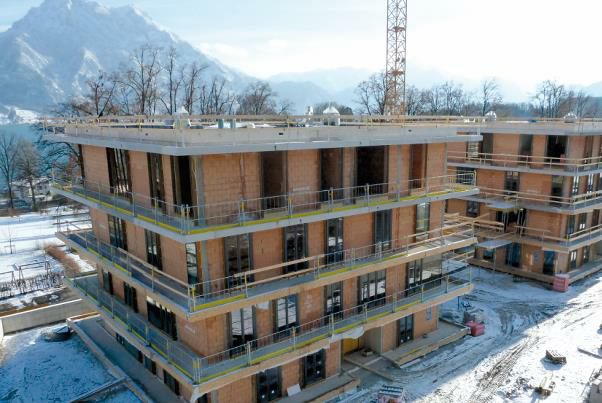 Bild 7-45: Ziegelrohbau in Fertigteilbauweise – Wohnhausanlage